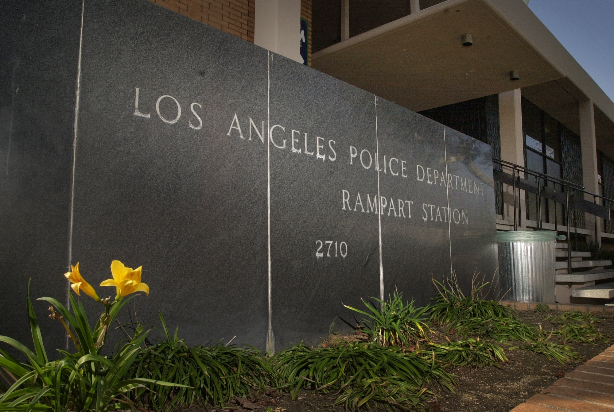 Los Angeles Police Officers Shot In Compton Remain In Critical Condition